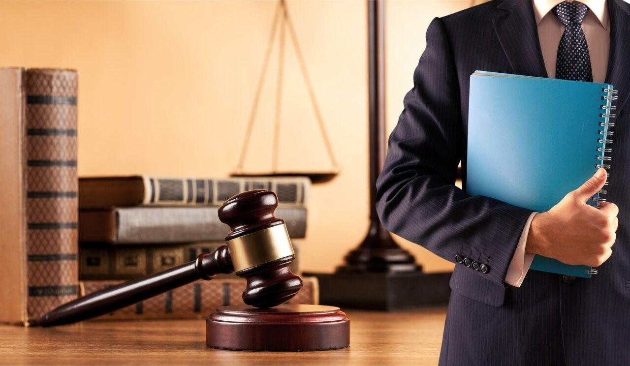 Семейные споры – сложный судебный процесс, требующий участия юриста