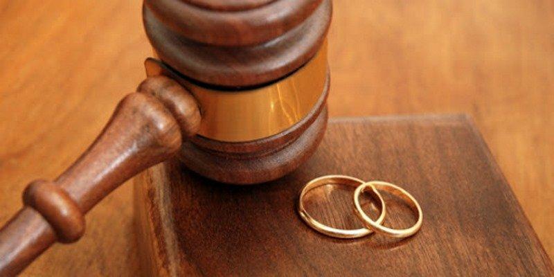 Развод не обходится без помощи правозащитника