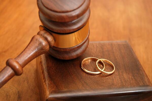 Исковое заявление о разводе и взыскание алиментов на ребенка