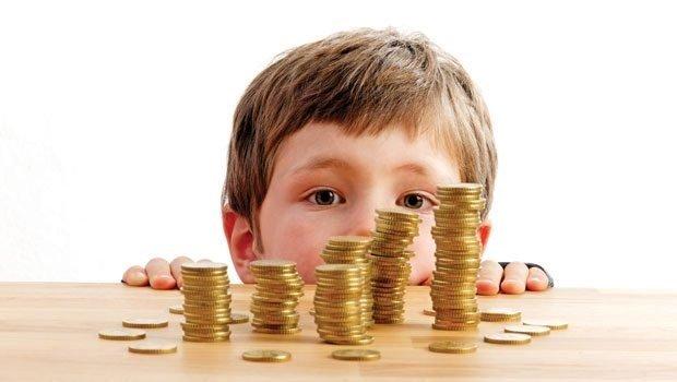 До какого возраста ребёнка платят в Украине алименты?