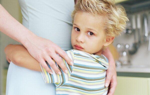 Как поменять ребенку фамилию и отчество после развода по законодательству Украины?